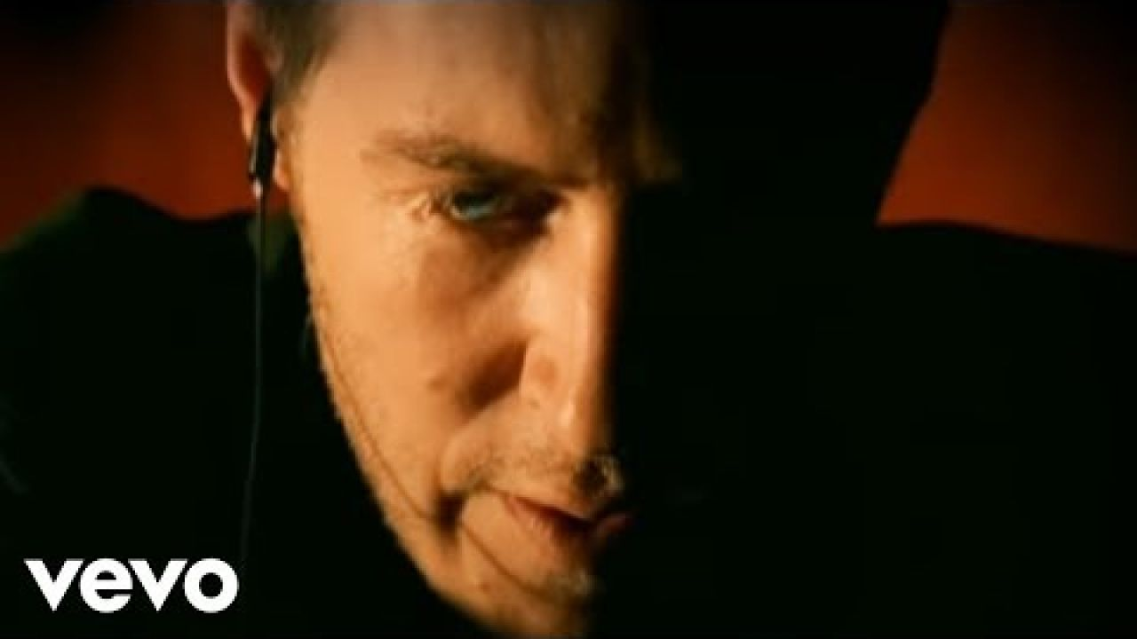 Massive Attack - Inertia Creeps